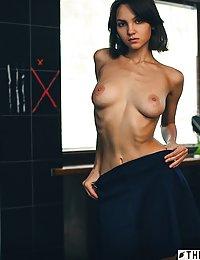 erotic ebony nipple pics