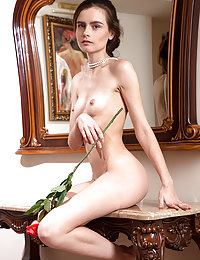 nude Blooming lust