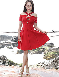 ero pics Li Moon Girl In Red